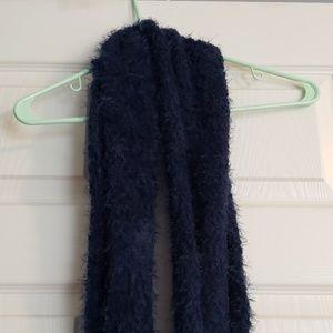 Fuzzy scarf